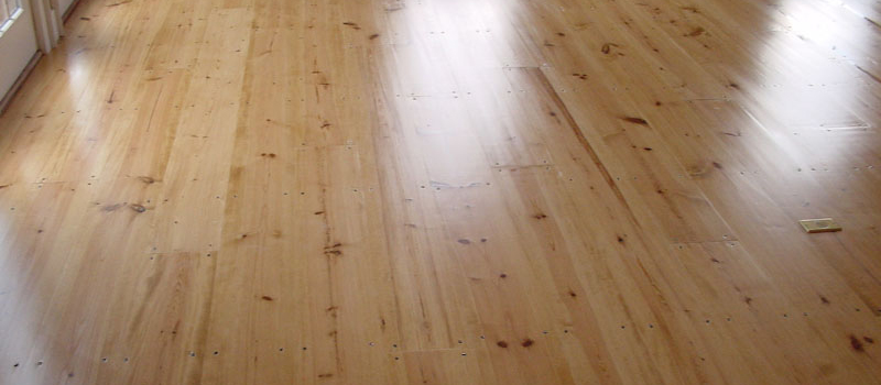 Cleaning, Recoating, & Maintenance Slider_image-3_Hardwood-Floor_Matte_11052526_800pxX350px